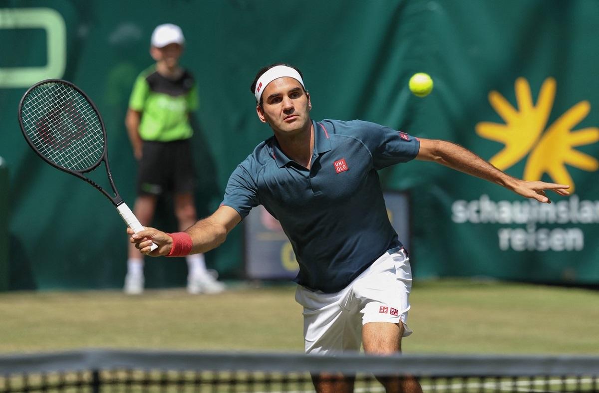 Roger Federer, eliminat la Halle în turul 2