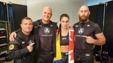 """Diana Belbiță, victorie în UFC! """"Prințesa Războinică"""" s-a impus la decizie în gala din Las Vegas"""