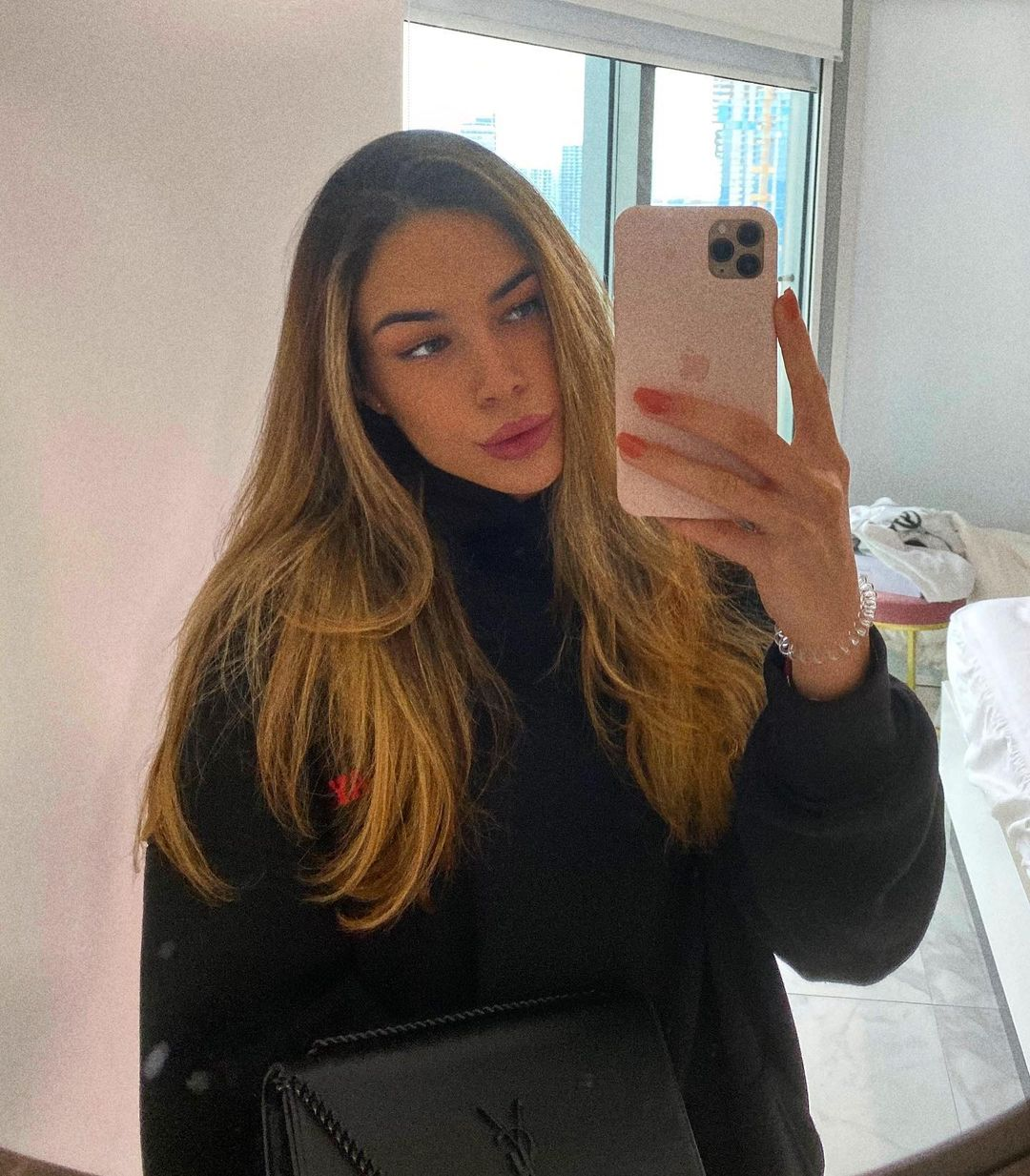 Instagram Ioana Ţiriac
