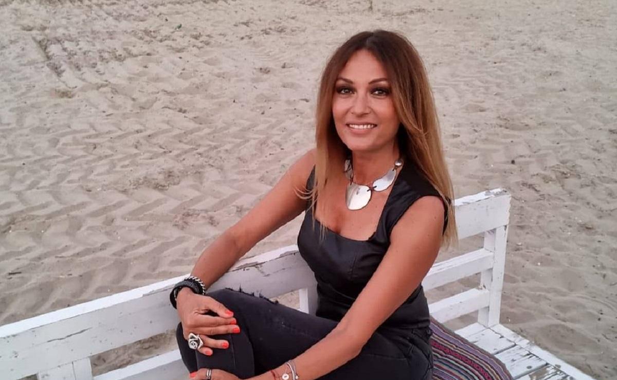 Diva din România care, la 51 de ani, a încins atmosfera la malul mării