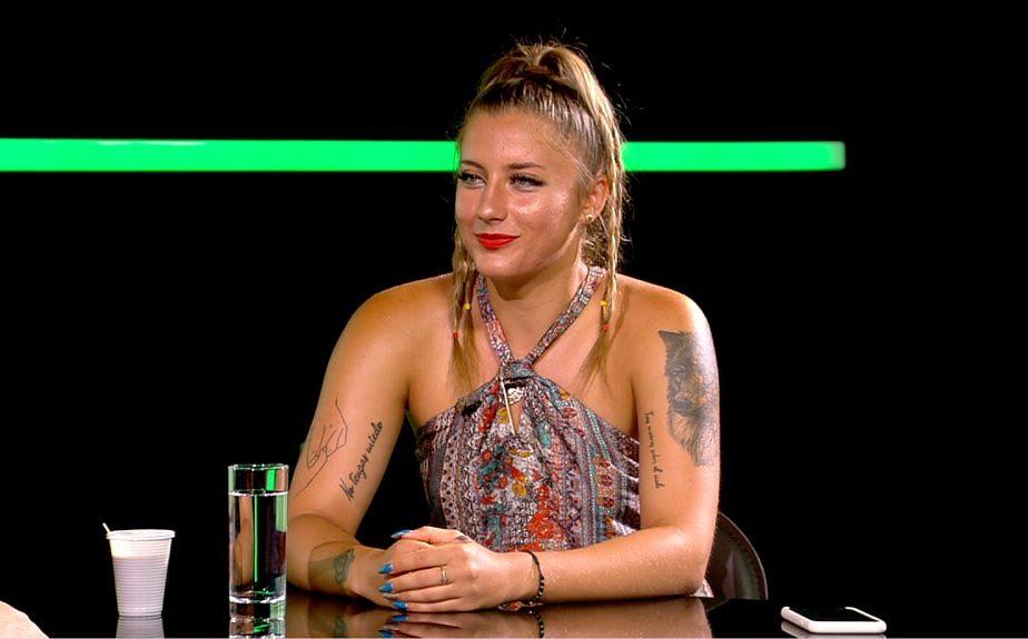 """Andreea Prisăcariu, """"rebela"""" tenisului românesc, a fost amendată pentru obscenităţi în timpul unui turneu: """"Pe toate ne ia capul pe teren!"""""""