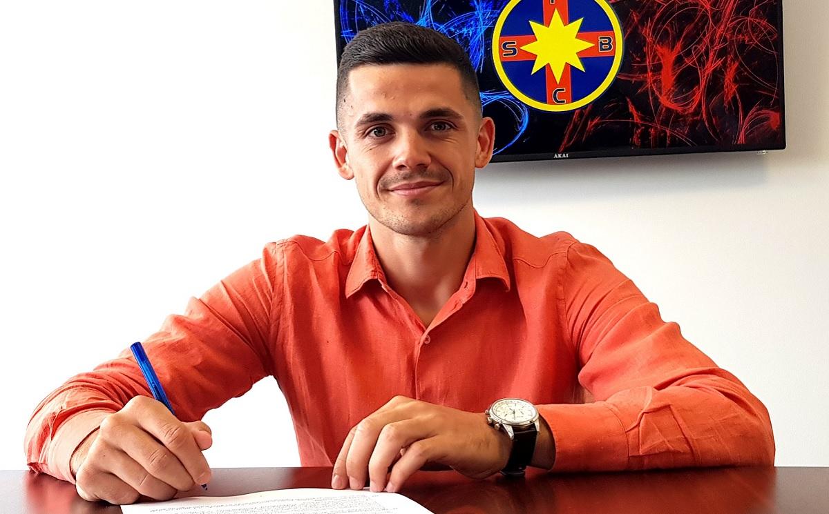 FCSB a anunţat transferul lui Andrei Dumiter