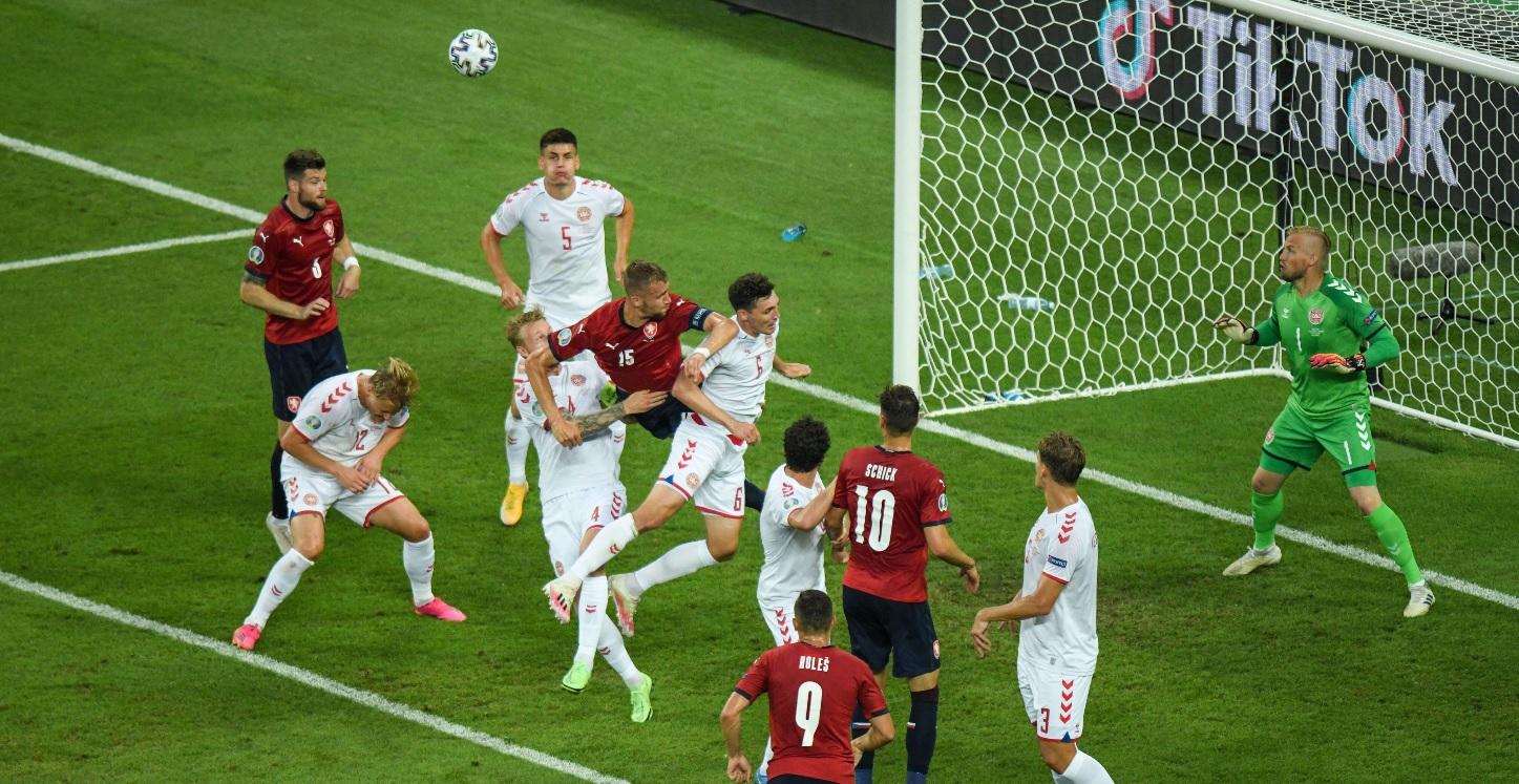 Cehia - Danemarca 1-2 | Anchetă deschisă de UEFA după un incident la Baku