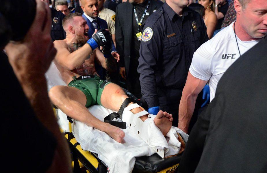 McGregor și-a rupt piciorul! Irlandezul nu a putut să continue după prima rundă, doctorul a oprit meciul