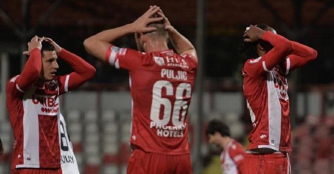 Situaţie dificilă la Dinamo! Decizia FRF după memoriile depuse de fotbaliști