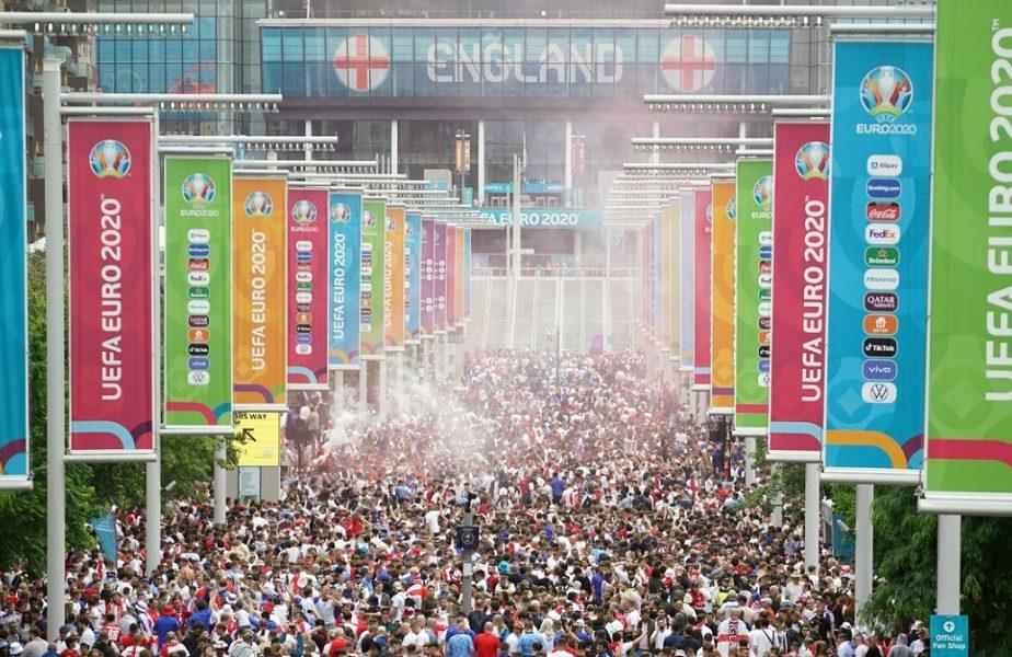 EURO 2020 | Haos la Londra înaintea finalei Italia – Anglia. Fanii au luat deja cu asalt intrările pe Wembley. Câţi suporteri asistă la meci