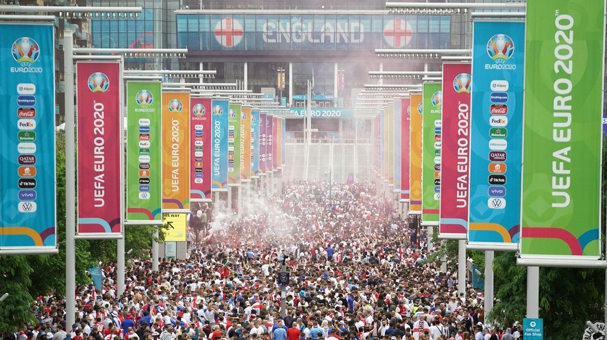 Haos la Londra înaintea finalei Italia - Anglia