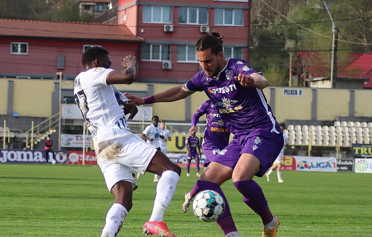 Gaz Metan-FC Argeş, Liga 1