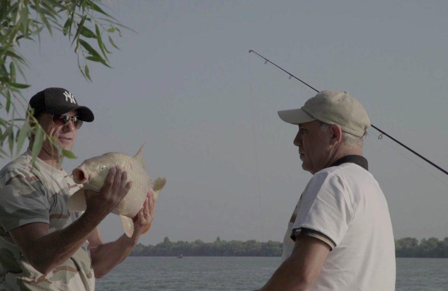 """SuperPrieteni, de Gică Popescu! Imagini memorabile cu Hristo Stoichkov în Delta Dunării. Cum a luat lecţii de pescuit de la Popescu. """"Te las să faci o poză cu el"""""""
