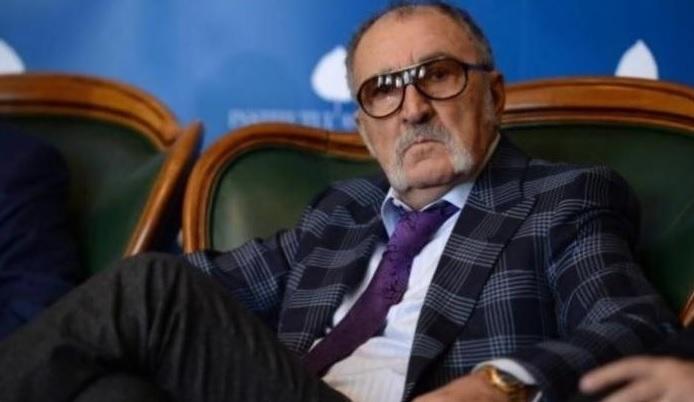"""Ion Ţiriac renunţă la şefia FRT şi îl face praf pe Eduard Novak: """"Dumnealui e lefter, n-are doi lei în buzunar"""""""