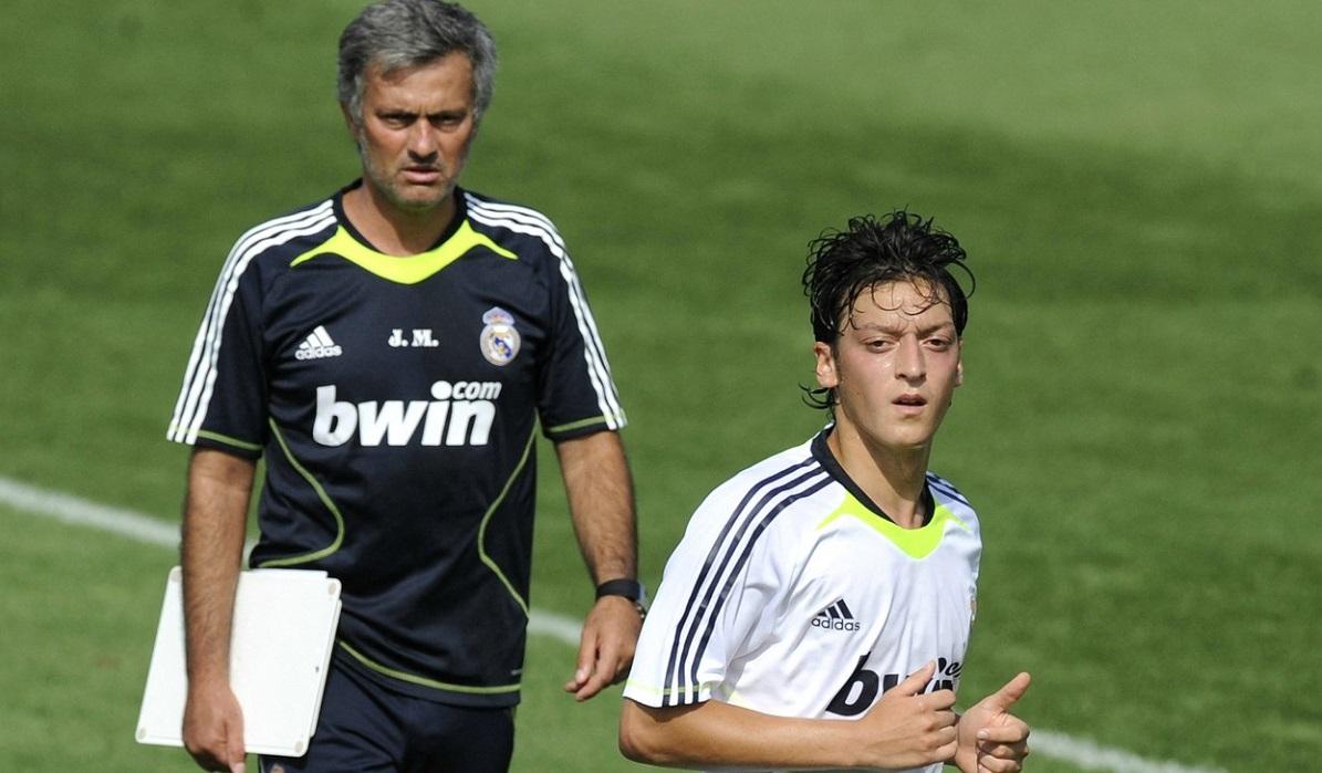 Mesut Ozil, umilit de Florentino Perez și Jose Mourinho