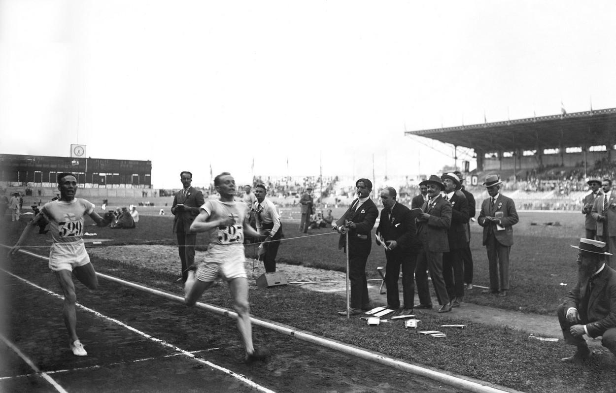 """Jocurile Olimpice 2020   Paavo Nurmi, nouă medalii de aur. Cum și-a luat """"zborul"""" un atlet"""