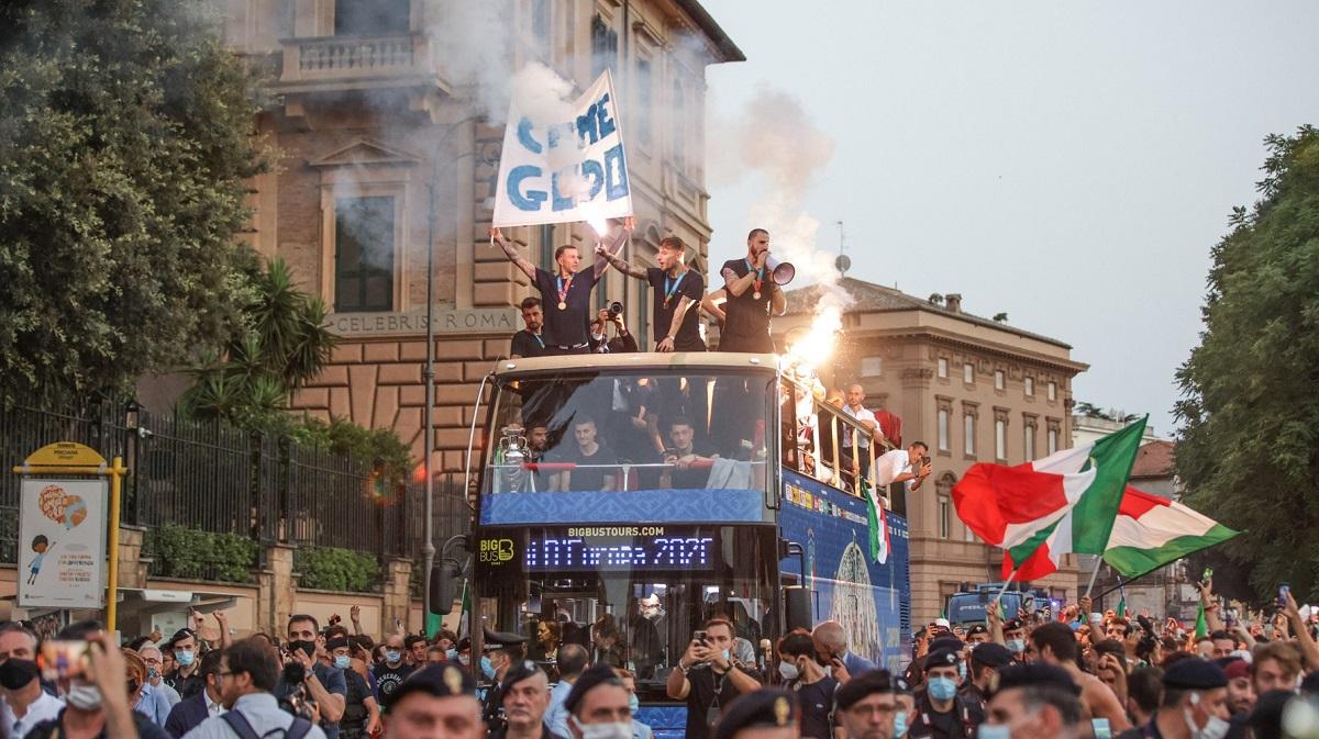 Italienii, campioni europeni și la cântat