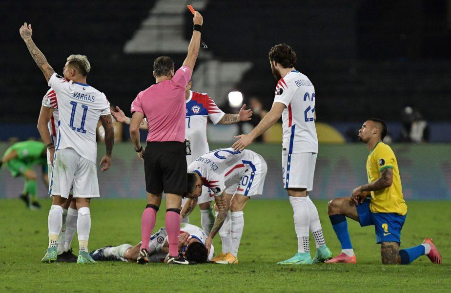 Gabriel Jesus a fost eliminat în Brazilia – Chile 1-0, după ce şi-a lovit un adversar cu gheata în faţă. Cea mai oribilă intrare din 2021