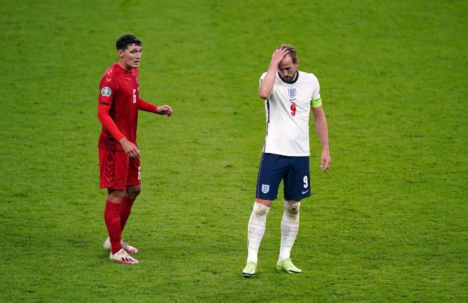 EURO 2020 | UEFA a amendat cu 30.000 de euro Federaţia Engleză pentru incidentele de la meciul cu Danemarca. Ce star a lipsit de la antrenament