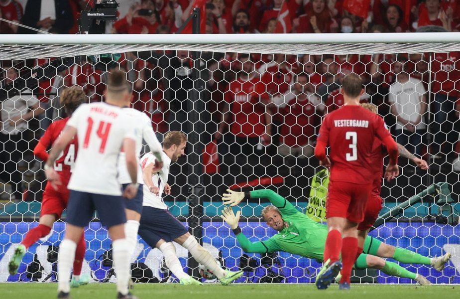 EURO 2020 | Un penalty controversat a decis calificarea în finală! Harry Kane şi Kasper Schmeichel au intrat în istorie după Anglia – Danemarca 2-1