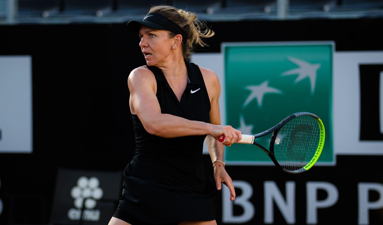 Simona Halep a rămas pe locul 10