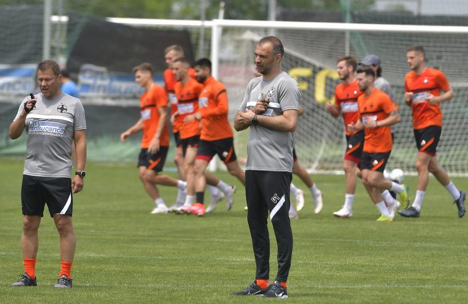 Dinu Todoran a intrat în pâine la FCSB! A făcut 3 schimbări la pauza meciului cu FC Botoșani. Stipe Vucur a rezistat doar o repriză la debut