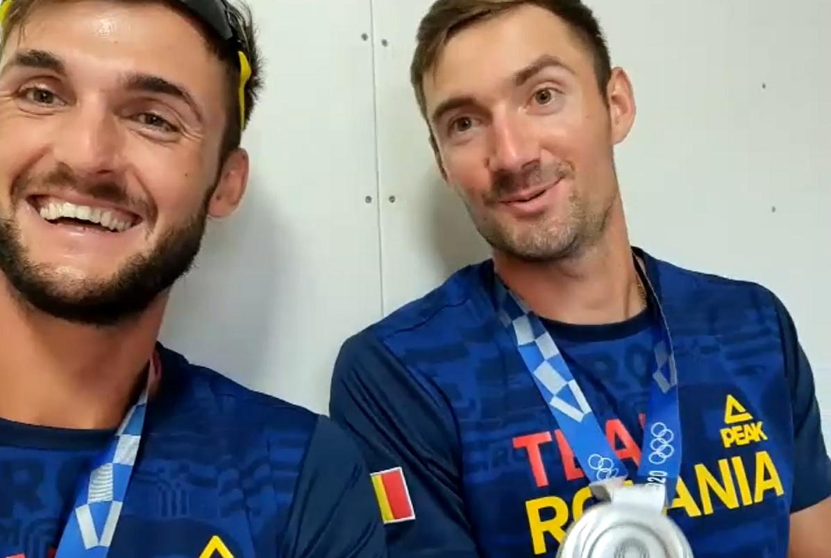 """Jocurile Olimpice 2020   """"Simţeam că o să fie bine!"""" Marius Cozmiuc şi Ciprian Tudosă, interviu savuros cu medaliile la gât. """"Cred că are un kilogram!"""""""