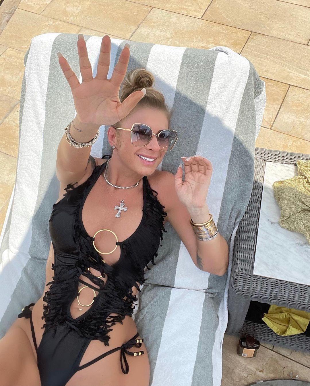 Cât de mult a slăbit Anamaria Prodan după scandalul de divorţ / Instagram