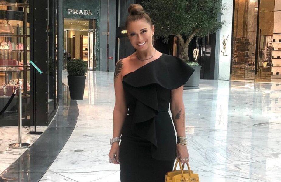 Anamaria Prodan s-a dat în spectacol printre şeicii din Dubai. Apariţie de lux, într-un decor de milioane de euro