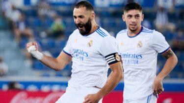 """Carlo Ancelotti, cuvinte uriaşe la adresa lui Benzema: """"Trebuie să fie pe lista jucătorilor care se luptă pentru 'Balonul de Aur'. Este ca un vin scump"""""""
