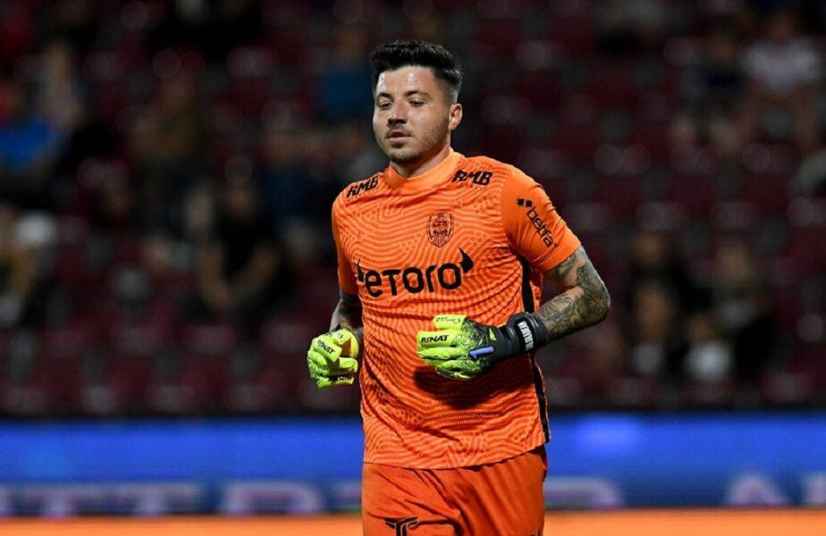 """Cristi Bălgrădean, gafă uluitoare în meciul CFR Cluj – Steaua Roşie. Marius Şumudică şi-a făcut cruce când a văzut ce a făcut """"Pufi""""!"""