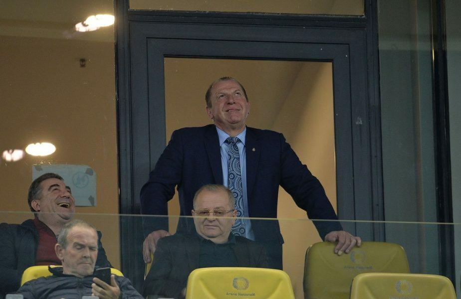 """Helmut Duckadam, ironizat de fanii Stelei: """"Vând suflet, negociabil!"""" + Roş-albaştrii, primul pas greşit în Liga a 2-a"""