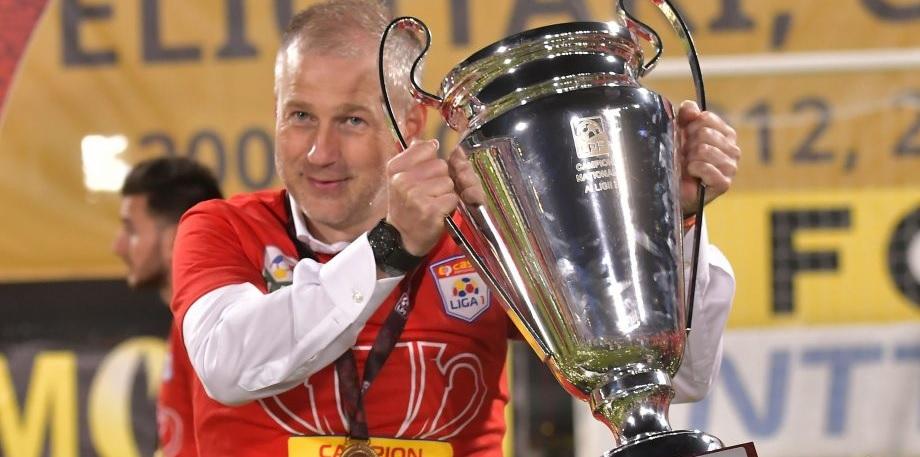 """Ar fi fost trădarea anului! Edi Iordănescu, dorit de CFR Cluj. """"Îşi dăduse cuvântul că va merge la FCSB!"""""""