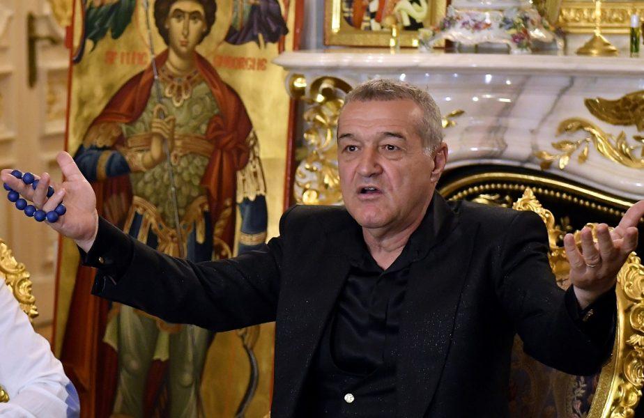 Gigi Becali la palatul său din Bucureşti