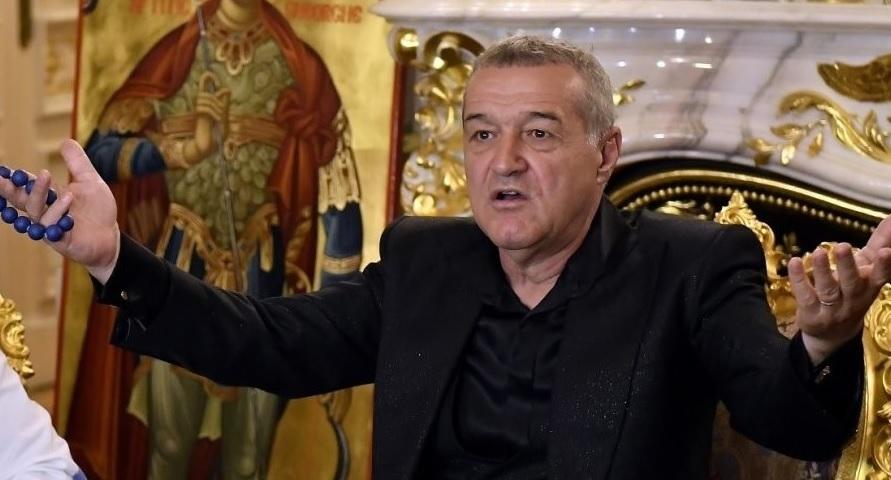 Gigi Becali, la o conferință de presă la Palat