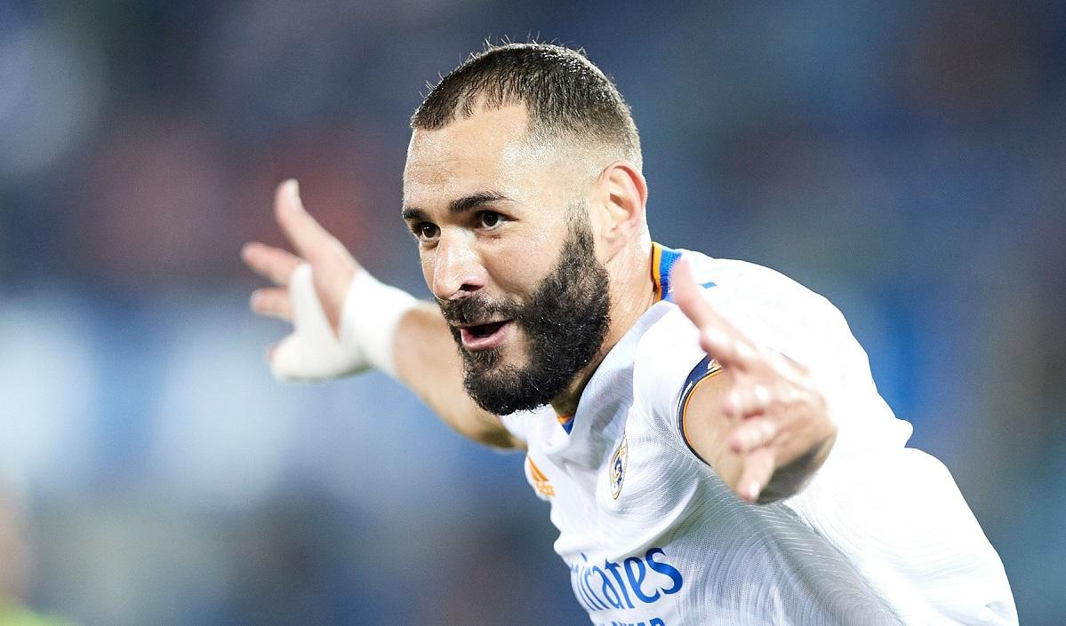 """arim Benzema, """"dublă"""" de senzație în Alaves - Real Madrid 1-4"""