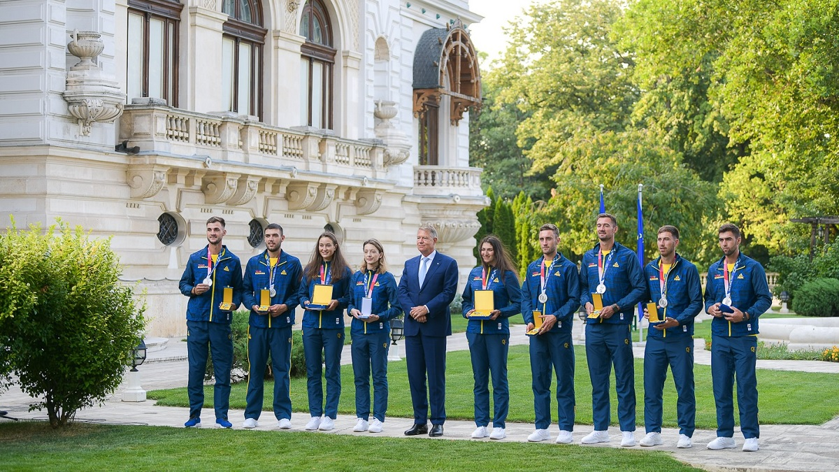 Sportivii medaliaţi la Jocurile Olimpice de la Tokyo, decoraţi de Klaus Iohannis