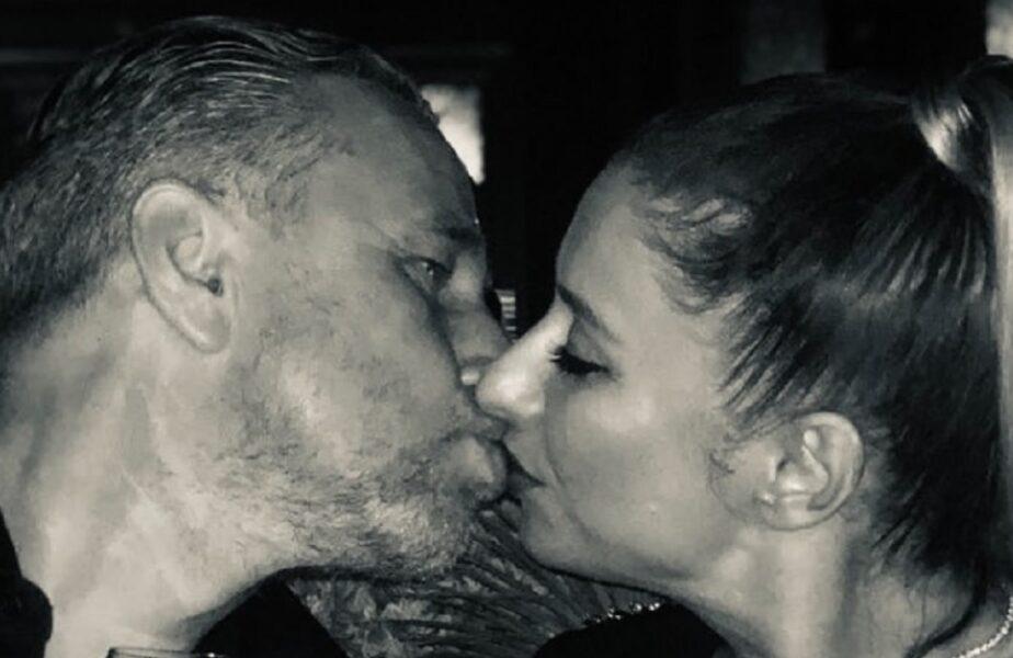 """Anamaria Prodan, dezvăluiri amuzante despre primul sărut. """"Mamă, ce nasol!"""". Detaliile inedite oferite de soția lui Laurențiu Reghecampf"""