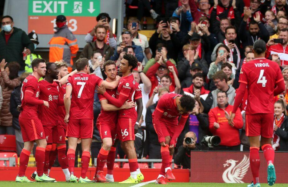 """Sărbătoare la Liverpool! """"You'll Never Walk Alone"""" a răsunat pe Anfield după o pauză de 18 luni"""