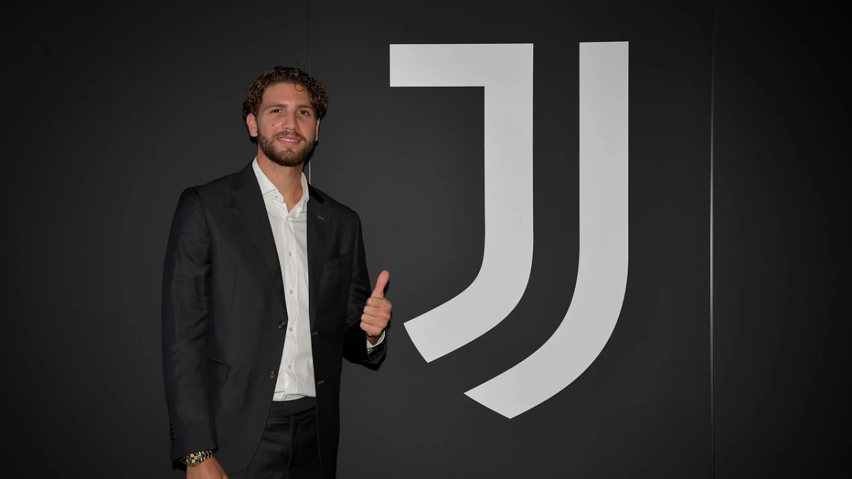 Manuel Locatelli a semnat cu Juventus
