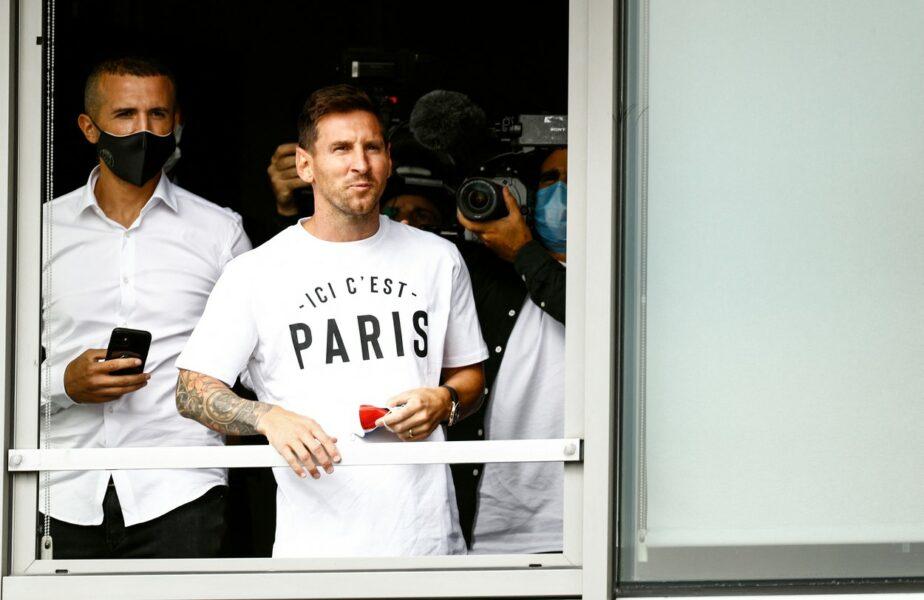 Imagini spectaculoase cu Lionel Messi la Paris! Starul argentinian, întâmpinat de fanii lui PSG în fața hotelului