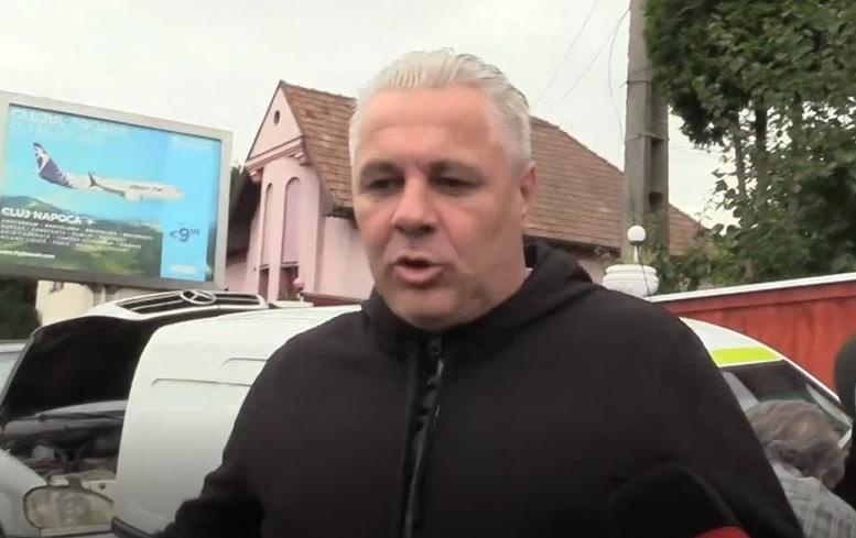 Prima reacţie a lui Marius Şumudică după ce a fost umilit de CFR Cluj. A fost interzis pe stadion şi a ţinut şedinţa tehnică cu jucătorii în garaj