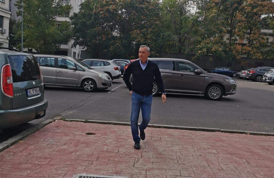 """Dario Bonetti face scandal după ce a fost dat afară de la Dinamo: """"Rezilierea este abuzivă"""". Aducerea lui Mircea Rednic, în aer"""