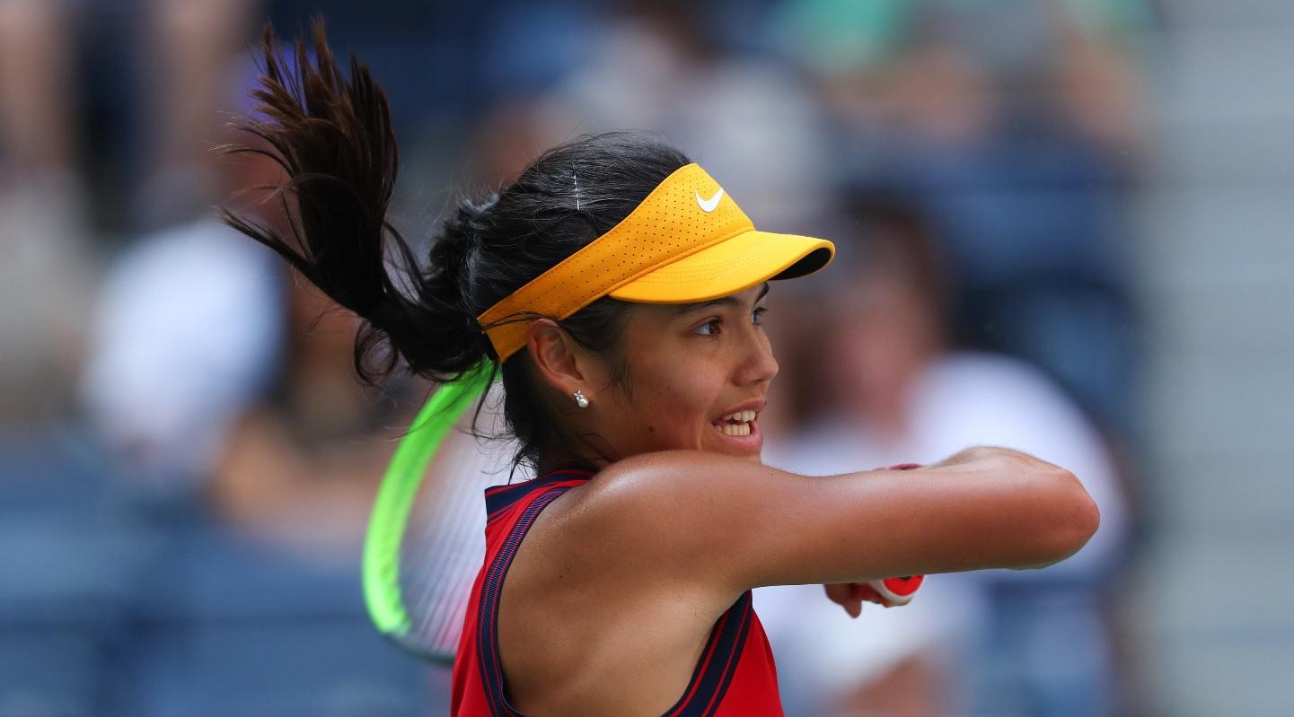"""Emma Răducanu, noua senzaţie a tenisului mondial. """"Nu alerg după recorduri!"""" Salt uriaş în clasamentul WTA"""