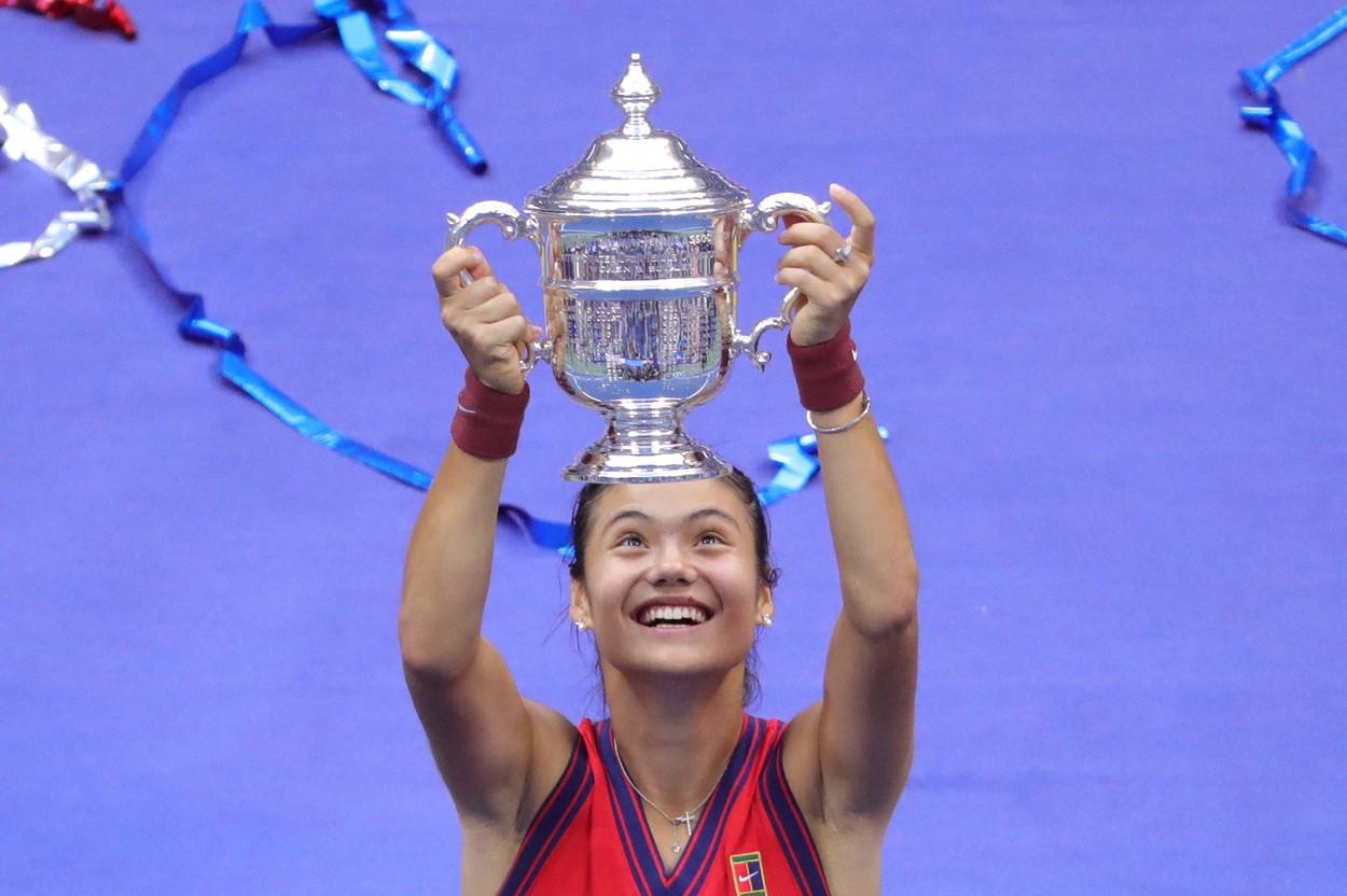 """""""Extraordinar!"""" Reacţia emoţionantă a Simonei Halep, după nebunia istorică reuşită de Emma Răducanu la US Open 2021"""