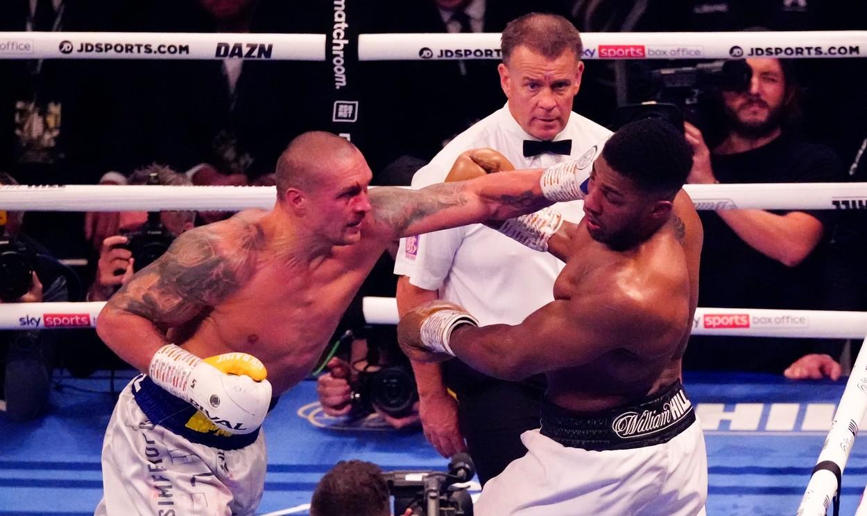 Joshua fost învins iar! Britanicul a pierdut la decizie unanimă în fața lui Alexander Usyk.