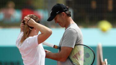 Simona Halep a dezvăluit motivul real al despărţirii de Darren Cahill. De ce nu a venit australianul la nunta Simonei