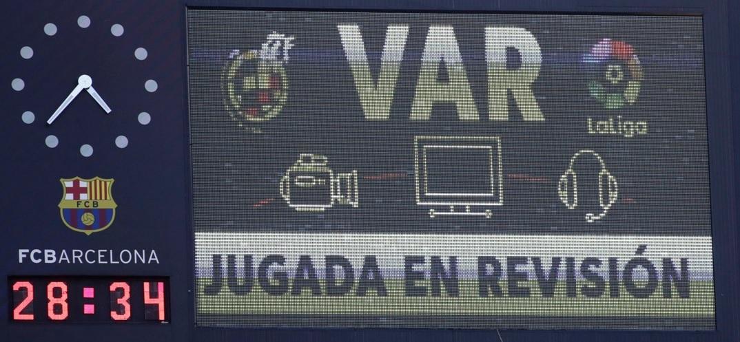 Barcelona - Real Madrid. Cum a influențat apariția VAR El Clasico
