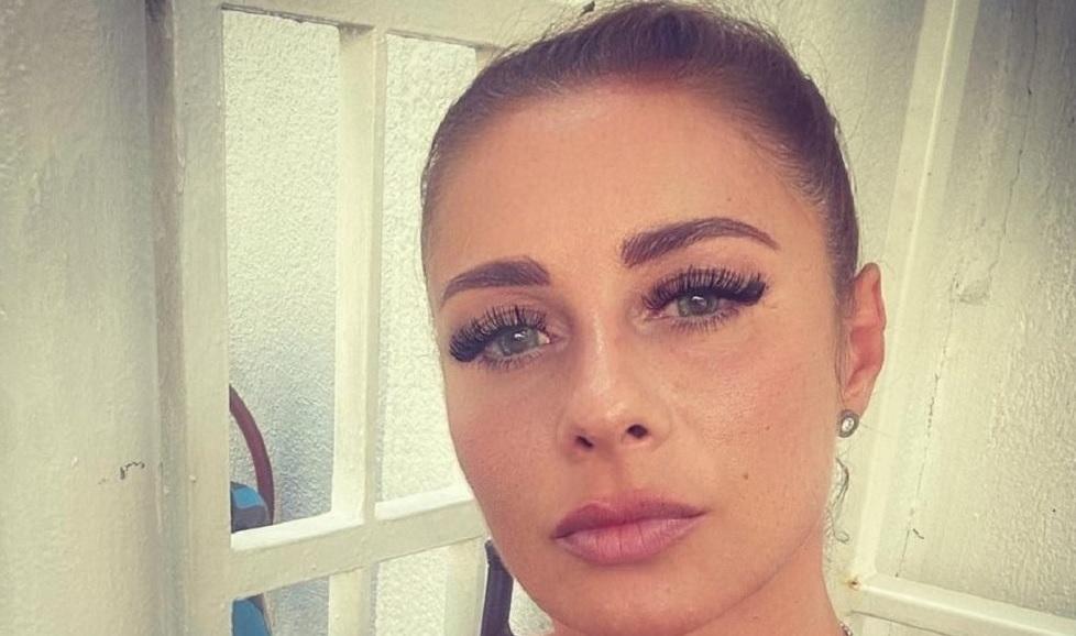 Decizia incredibilă luată de Anamaria Prodan după ce Laurențiu Reghecampf i-a interzis chiar și să îi poarte numele