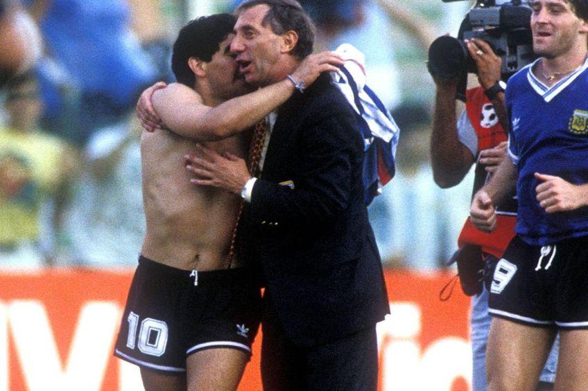 Campionii mondiali din '86 se chinuie să-i spună lui Bilardo că Maradona a murit…