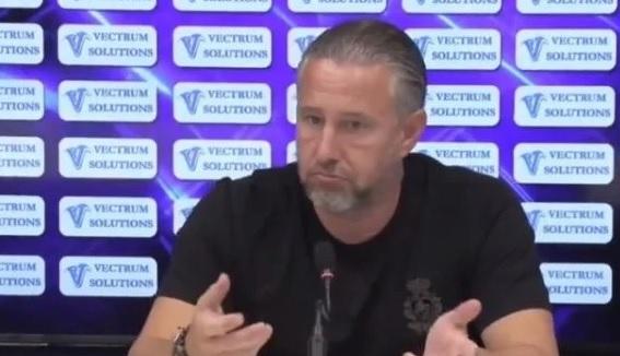 Cum a reacţionat Laurenţiu Reghecampf după ce Mirel Rădoi l-a adus pe Andrei Ivan în faţa jurnaliştilor