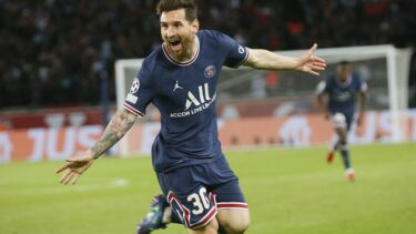 """Lionel Messi, """"panenka"""" din penalty sub privirile lui Kylian Mbappe! Superstarul argentinian a fost erou pe Parc des Princes în PSG – RB Leipzig 3-2"""
