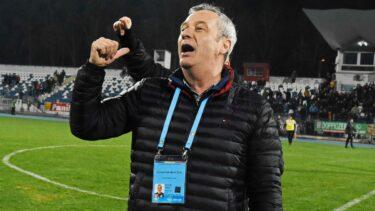 """Un nou scandal la Dinamo! Mircea Rednic, făcut praf de o fostă glorie: """"Cade pe spate, se ia de jucători"""""""