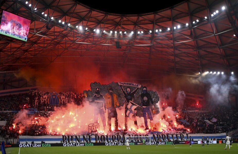 Olympique Marseille riscă o pedeapsă severă după derby-ul cu PSG. 9 poliţişti răniţi. Un suporter a intrat pe teren